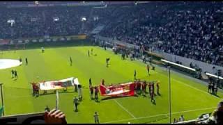 Borussia Mönchengladbach ( Liverpool Fans in Gladbach beim Spiel gegen Bayern)