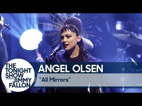 Angel Olsen Debuts 'All Mirrors' on 'Fallon' in a Crown