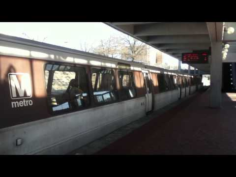 DC Metro (WMATA): Train Out Of Service At Grosvenor Strathmore