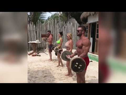 Workout beach gym. Tulun jungle gym mexico