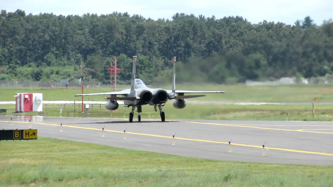 F 15 S Landing And Taxi To Park Youtube