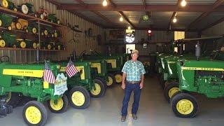 Georgia Man's Classic John Deere Tractor Collection
