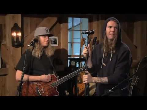 "The Dirty Heads - ""Cabin By The Sea"" (live)"