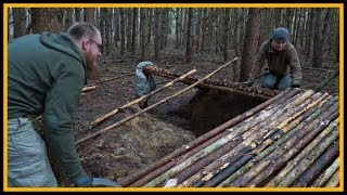 Grubenhaus bushcraft shelter - Lagerbau - Outdoor Bushcraft Camp Shelter