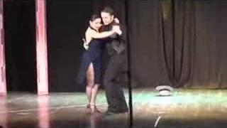 Violentango di Piazzolla ballato da Walter e Silvia
