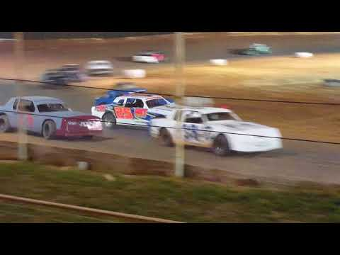 Factory Stock Feature Race @ 105 Speedway  3/31/18