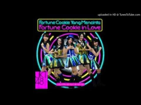JKT48   Fortune Cookie in Love clip asli
