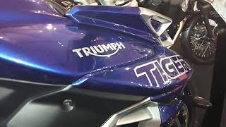 NEW TRIUMPH TIGER 800 XRX 2018 | Price | Walkaround