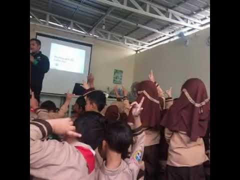 Siswa/i SDIT KIS Belajar Broadcast Dari JIC (Jakarta Islamic Center)