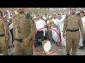 Hati Imam Masjidil Haram Bergetar Ketika Melihat Perjuangan Bocah Ini Saat Jalani Umroh