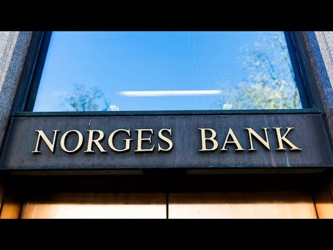 Norges Bank Sees a Rate Hike Years Away on Economic Uncertainty