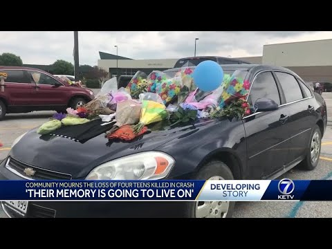 Community mourns loss of four teens killed in crash