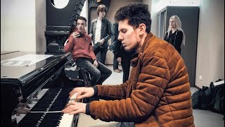 EPIC POP PIANO MEDLEY [Eurodance] at Amsterdam Train Station – THOMAS KRÜGER