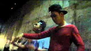 Repeat youtube video AKO'Y SABOG NA IKA'Y SABOG DIN   HUNYODHOS & LIL ZANE OFFICIAL MUSIC VIDEO