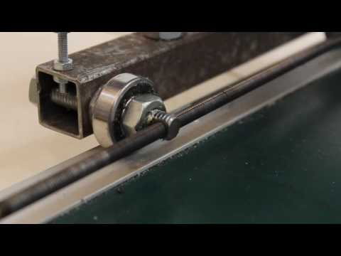 Homemade CNC machine with materials from a DIY simple tools