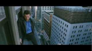 2012年7月7日公開予定の映画「崖っぷちの男」予告編。