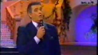 Placido Domingo sings Delirio / Alma llanera