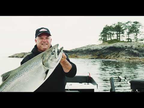 Fishing BC Presents: Salmon Fishing With Squid In Ucluelet