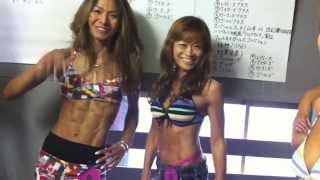 Япония. Секси японки показывают свои прелести