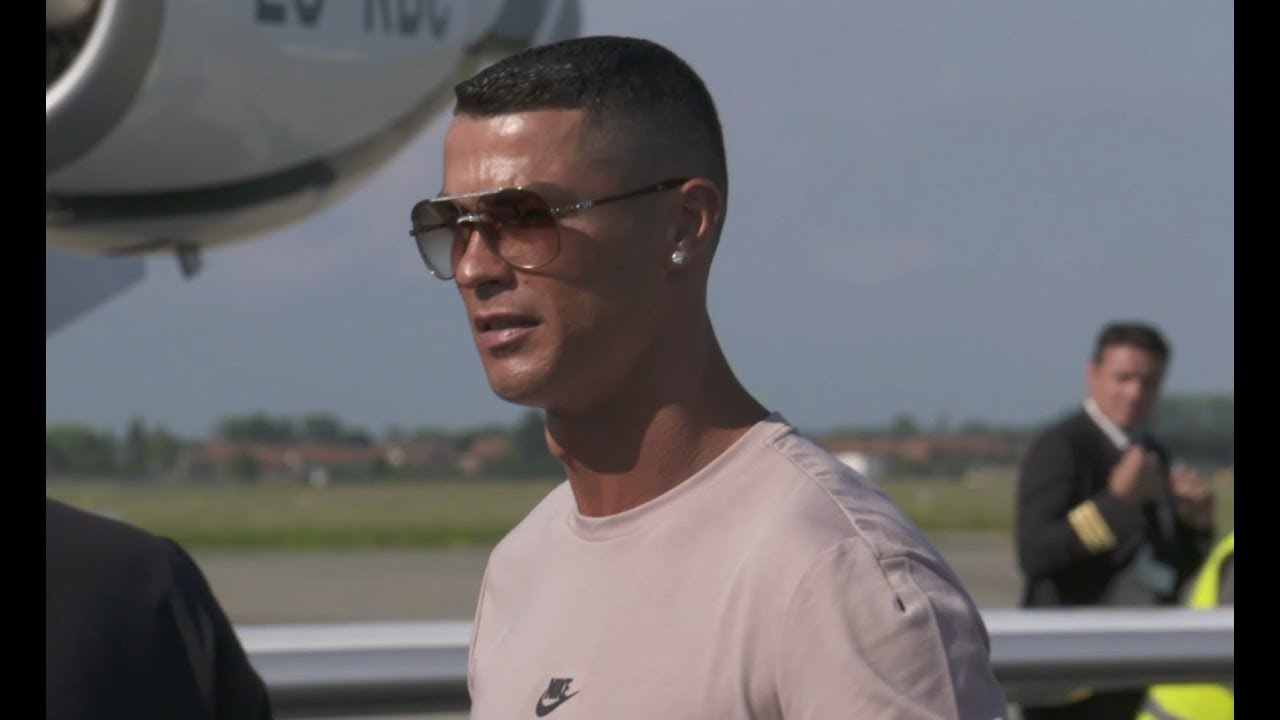 ecb9bbe26f1 Cristiano Ronaldo touches down in Turin ahead of Juventus visit ...
