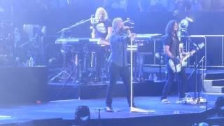 """""""Livin on a Prayer"""" Bon Jovi@Wells Fargo Center Philadelphia 3/31/17"""