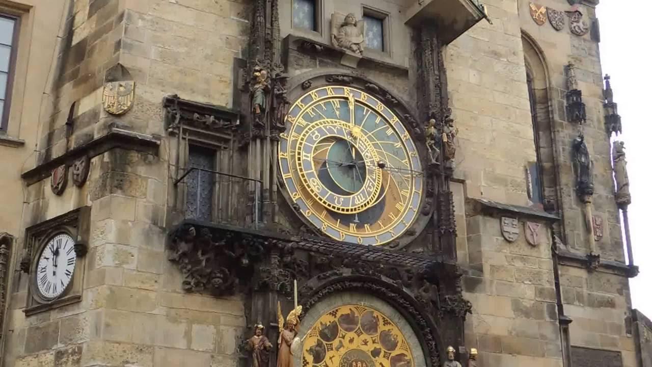 布拉格天文鐘整點報時 Prague astronomical clock ringing on the hour ∥Xavia Ho - YouTube