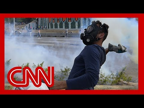 Venezuela opposition leader Guaido calls for military uprising