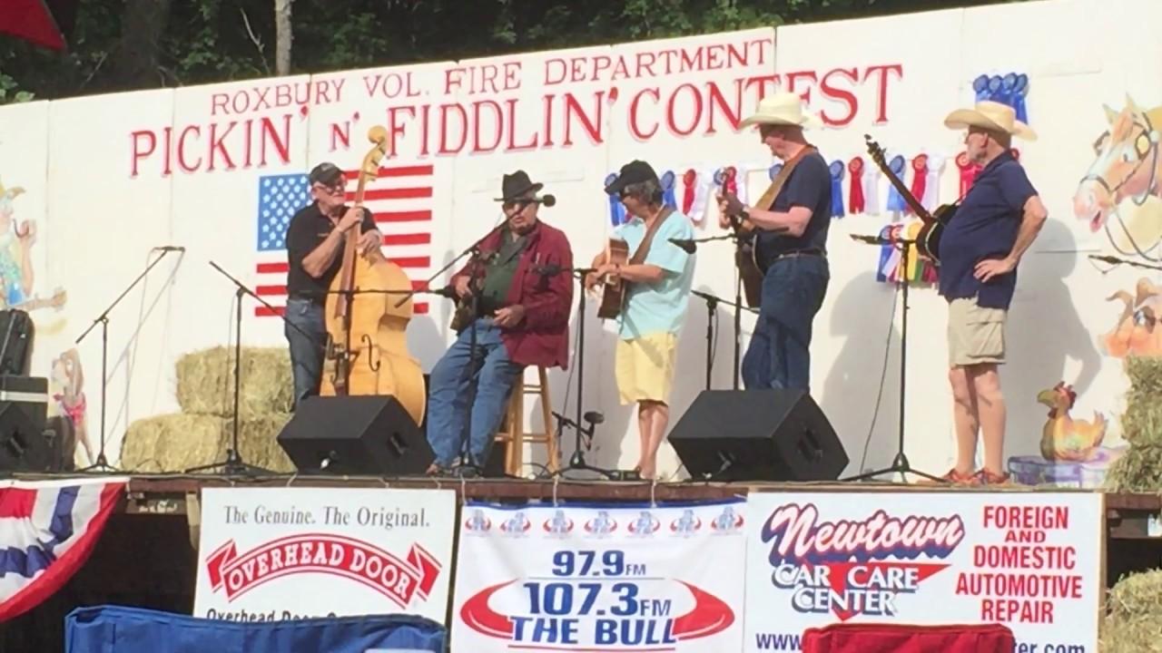 Roxbury Pickin N Fiddlin Fest 2017 Roger Sprung Part 1