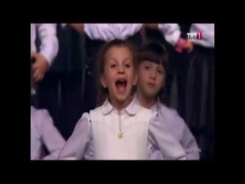 TRT İstanbul Radyosu Çoksesli Çocuk Korosu - Tebessüm