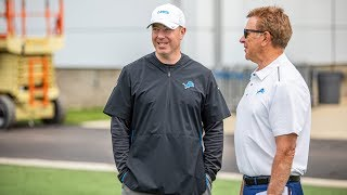 New Lions play-by-play announcer Fred McLeod visits practice