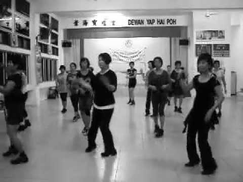 Sha Sha de Ai 傻傻的愛傻傻等待- Kickick Line Dance