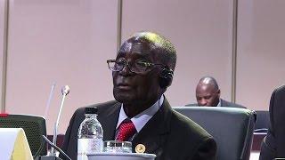 Union africaine : Robert Mugabe s'en prend à la CPI