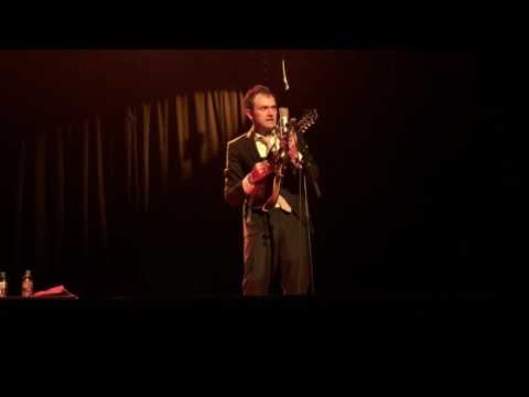 "Chris Thile ""Another New World"" (Josh Ritter cover) @ Alhambra (live in Paris 2017)"