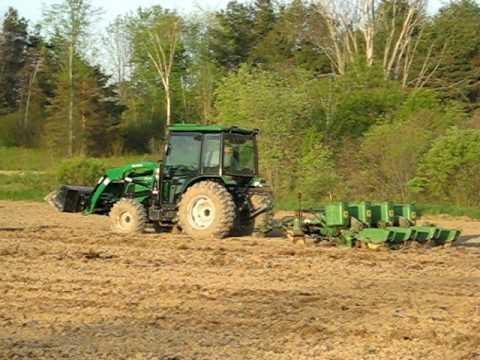 Montana 4340c Planting With John Deere 1240 4 Row Planter 1 Youtube