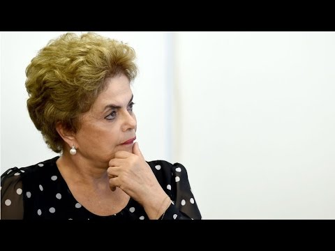 """Brazil: Suspended to face trial, Rousseff urges Brazilians to mobilize against """"coup"""""""