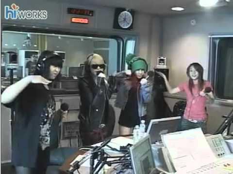 [100927] 2NE1- Go Away (Live @ Radio Station)