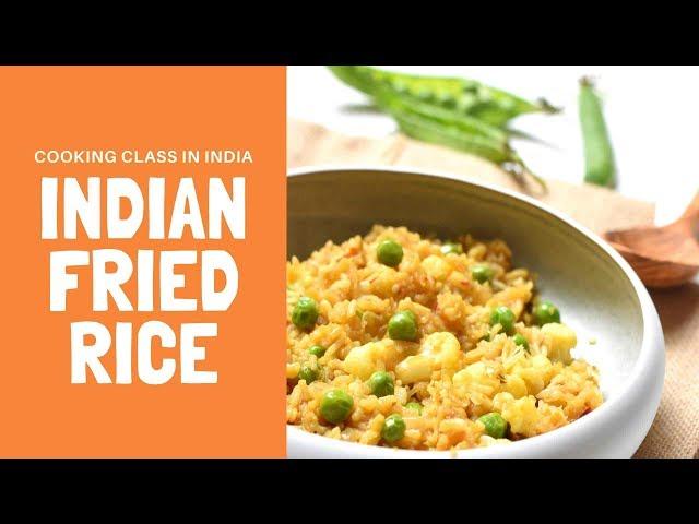 Indian fried rice - riz à l'indienne pendant un cours de cuisine en inde