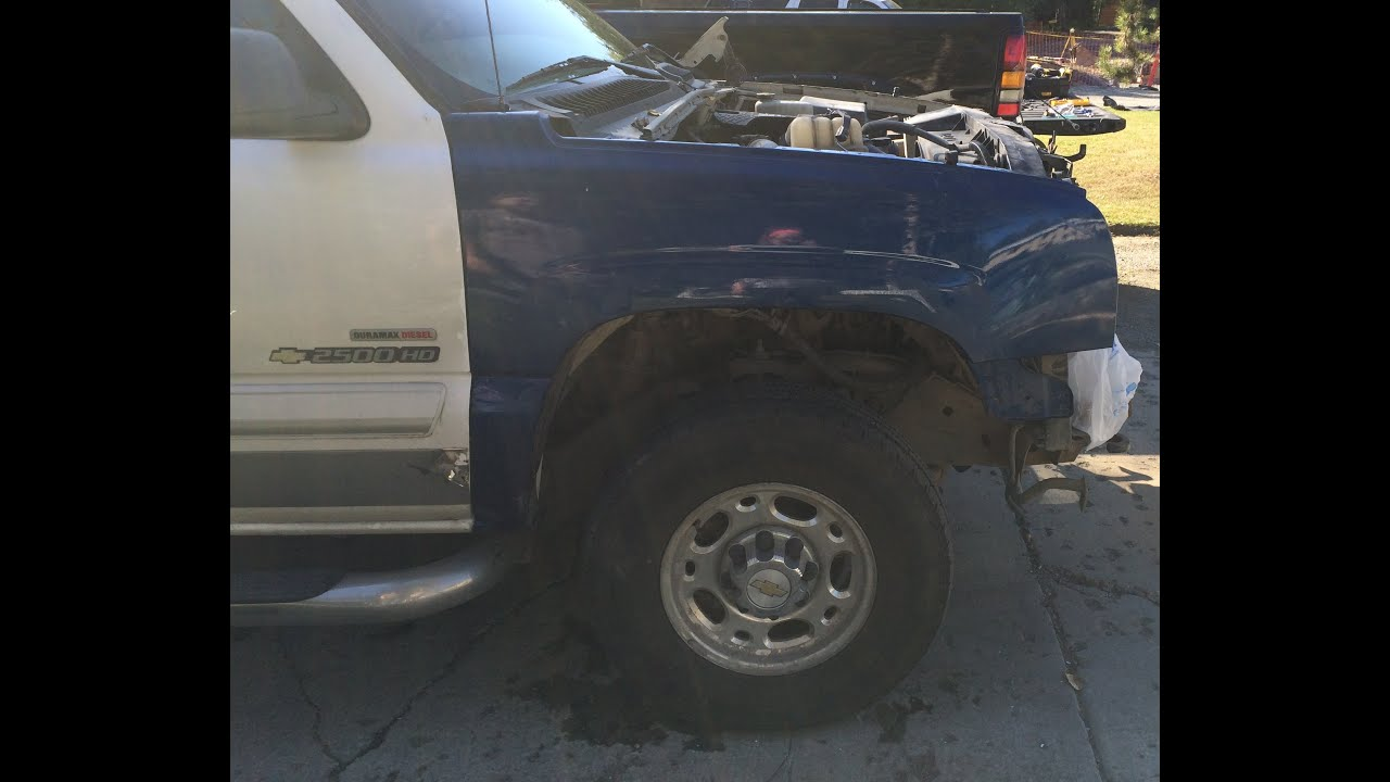 How to remove a passenger side front fender on a silverado/sierra 99-07  classic