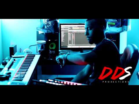 Native Instruments Maschine Studio & DDS! Watch DDS Make A Beat With The Maschine Studio!