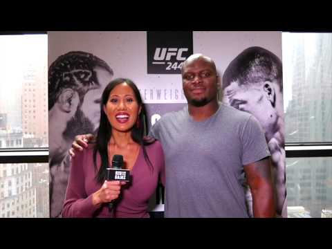 Derrick Lewis not a fan of chicken feet; surprised Daniel Cormier wanted to stand with Stipe