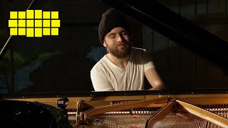 Daniil Trifonov – Rachmaninov: The Silver Sleigh Bells (Arr. Trifonov)   Yellow Lounge