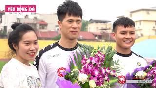 Đình Trọng, Quang Hải, Văn Hậu bất ngờ  được các fan nữ tặng hoa sinh nhật sớm