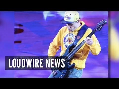 Flea Gets Backlash for National Anthem at Kobe Bryant's Final Game