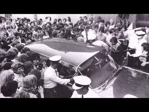 John Lennon with Larry Kane - ca. 25-27 Aug 1964 [Audio Only]