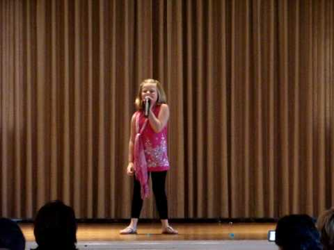 Avery, 8yrs old singing
