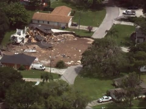Florida Sinkhole Swallows Boat, 2 Homes