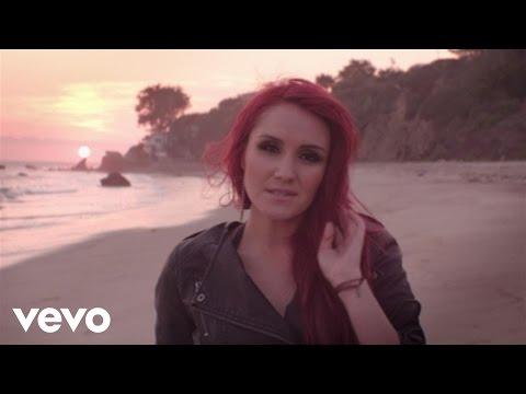 Dulce María - Lágrimas feat. Julión Álvarez