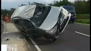 Download Video Ugal-Ugalan Dan Mengebut Di Jalan Menikung, Sebuah Mobil Innova Terbalik - BIP 30/12 MP3 3GP MP4