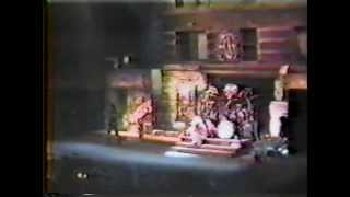 Twisted Sister - Live at the Fox Theater - 1986 (Full Concert)