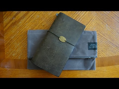Traveler's notebook Pouch by ateliers PENELOPE